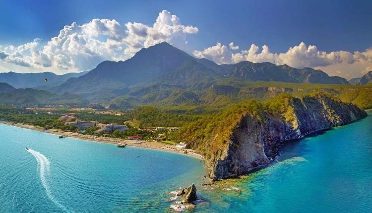 نجم السياحة يضيئ في انطاليا